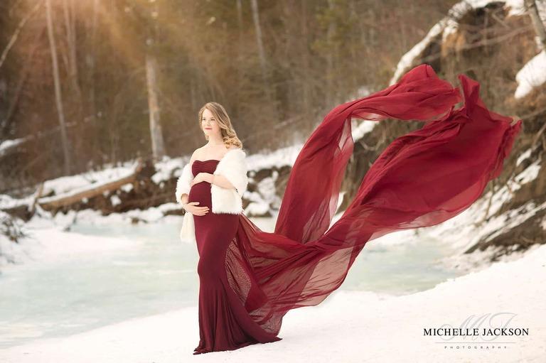 Edmonton maternity photographer-winter maternity session